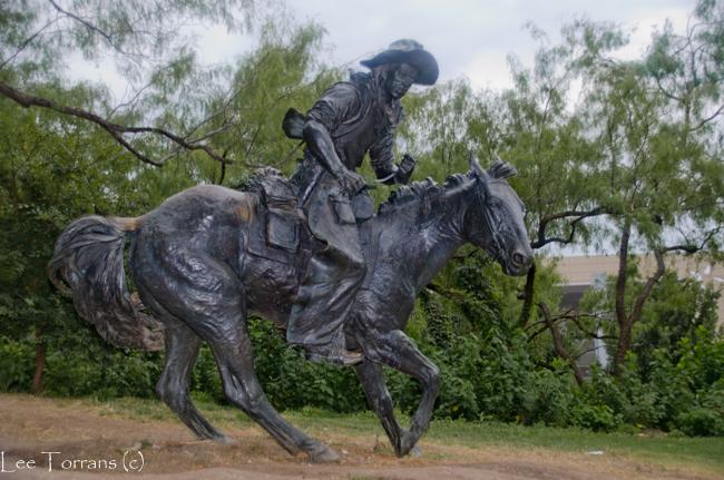 Pioneer_Plaza_Dallas_2014_Lee_Ann_Torrans-7
